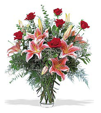 Red Roses & Lilies