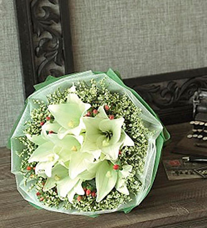 Mixed Cut Flowers White