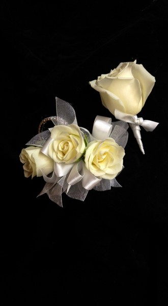 Classic Corsage and Boutonniere set