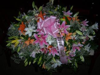 Pequa Lilies Casket Cover