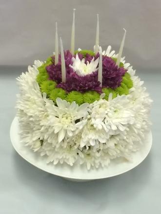 Pequa Floral Cake
