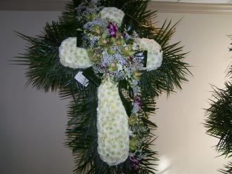 Pequa White Cross with Orchids Overcast