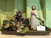 Willow Tree-Sympathy Angel Arranged