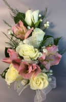 Sweetheart Rose w/ Alstroemeria Corsage