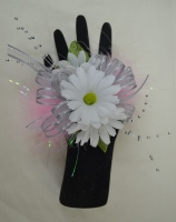 The White Daisy Wrist Corsage