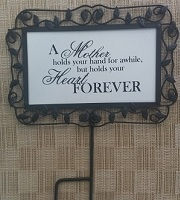 C4 -Metal Mother's Day Sign