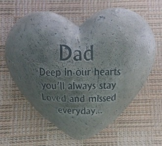 E3 -Father\'s Day Cement Heart Memorial