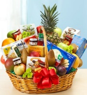 The Super Fruit and Gourmet Basket