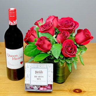 Ballard's Queen Of Hearts Merlot with Roses and Chocolates