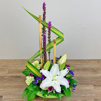 Artistic Lily Bouquet