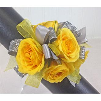 Yellow Gleam Wrist Corsage