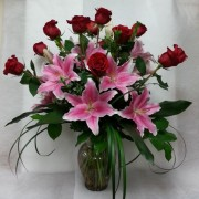 ROSE WITH LOTS OF LILIES