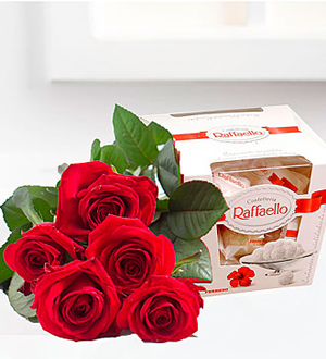 Bouquet of 5 Red Roses and Raffaello Candies