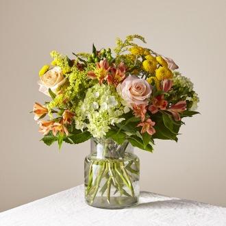 The FTD Life\'s a Peach Bouquet