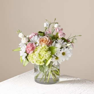 The FTD Flutter By Bouquet