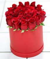 Classic Red Rose Contempo