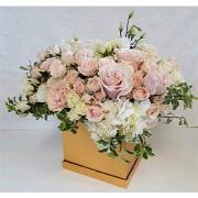 LA blushing beauty flower box