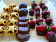 Cookies and Fruits