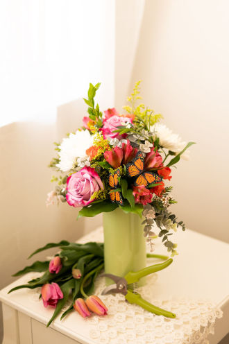 Your Sweet Smile Bouquet by Daisy a Day