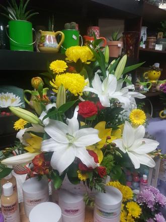 Oriental lily style and elegance garden of eden
