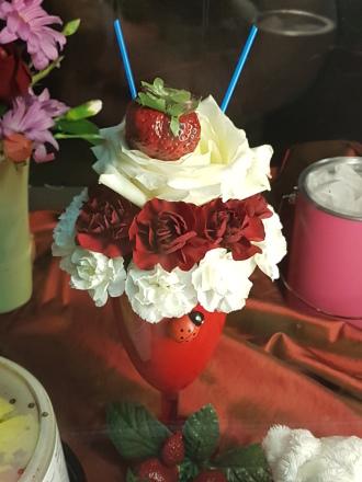 Strawberry cream bouquet