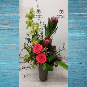 Romantic Elegance High Style Arrangement
