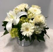 Creamy White Delight Bouquet