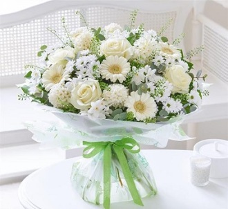Heavenly Scented Hand-Tied Bouquet