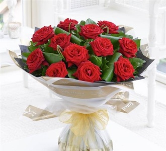 12 Luxury Long Stem Red Roses