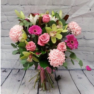 How Sweet It Is Luxury Hand-Tied Bouquet