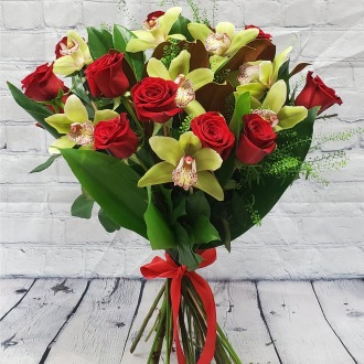 So Into You Luxury Hand-Tied Bouquet
