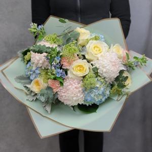 Pastel Dream Luxury Hand-Tied Bouquet