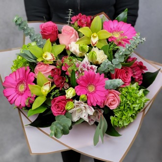 Pretty In Pink Luxury Hand-Tied Bouquet