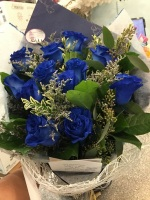 MGM Gift Wrapped Blue Rose bouquet