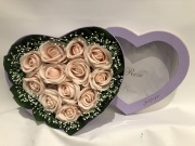 MGM Rose Heart-Shaped box Small
