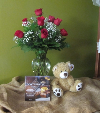 12 ROSES ARR B.B. CHOCOLATES AND BEAR