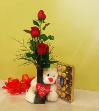 Bear Hug Roses