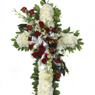 CARISMA FLORISTS® White Cross with Roses