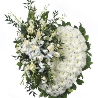 CARISMA FLORISTS® White Heart