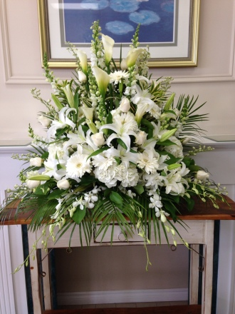 Carisma Florists® Classico All White