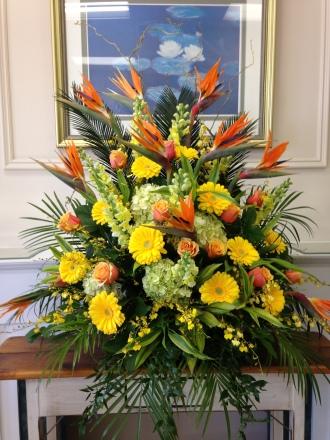 Carisma Florists® Classico Tropicale No8