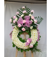 Traditional Wreath A