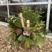 'Natural' Winter Urn