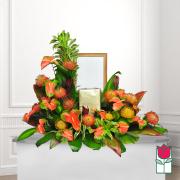 beretania florist hamakua urn spray picture piece honolulu funeral flower delivery