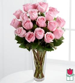 <b>[SOLD OUT]</b> Valentine's Beretania's 1.5 Dozen Pink Rose Bouquet