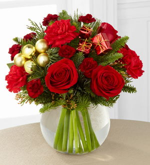 The FTD® Holiday Gold™ Bouquet