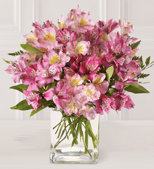 The FTD® Pink Persuasion™ Bouquet