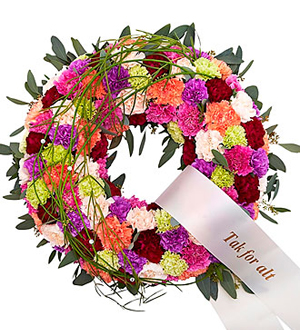 Round Decorated Wreath with Ribbon