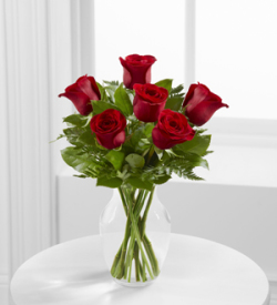 The Simply Enchanting™ Rose Bouquet by FTD®