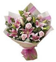 Bouquet Rosado de Rosas y Lilies